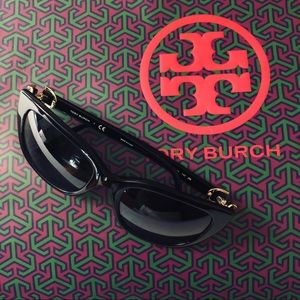 bbc2b0ff1599 Tory Burch Accessories | Gemini Link Rectangle Sunglasses | Poshmark